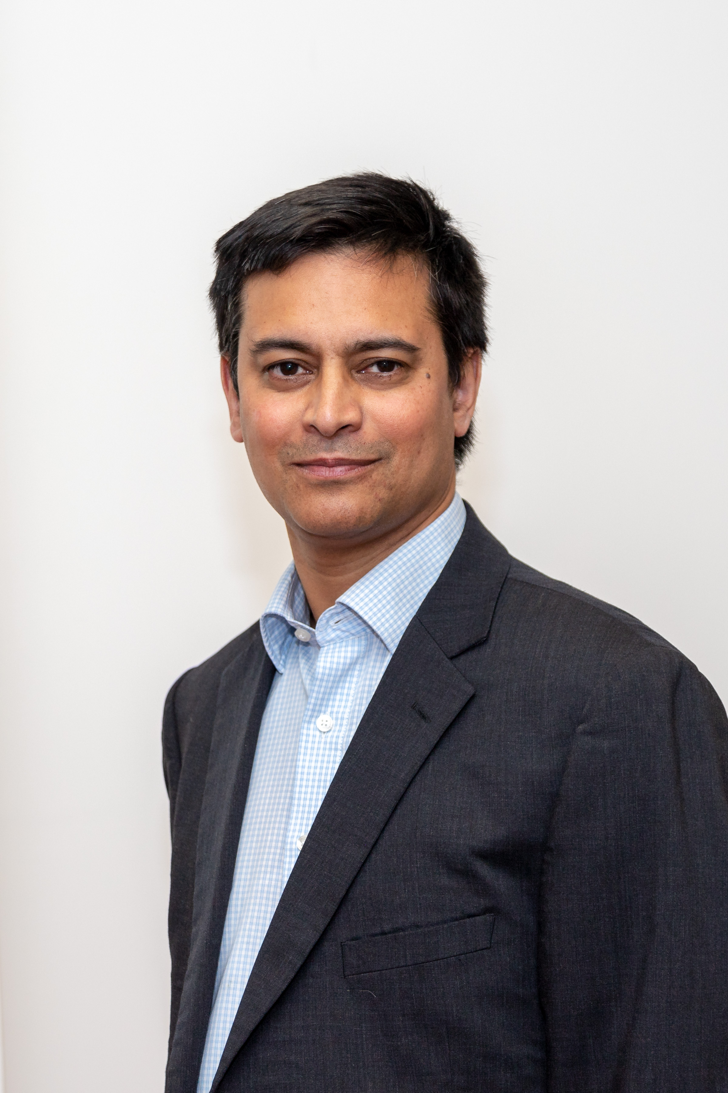 Rana Mitter recognised for his work on China in this year's Queen's Birthday Honours